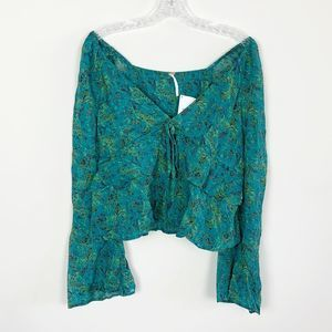 Free People | bell sleeve floral print blouse XS